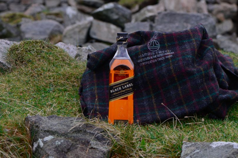 15200704 Johnnie Walker Whisky e Harris Tweed Hebrides
